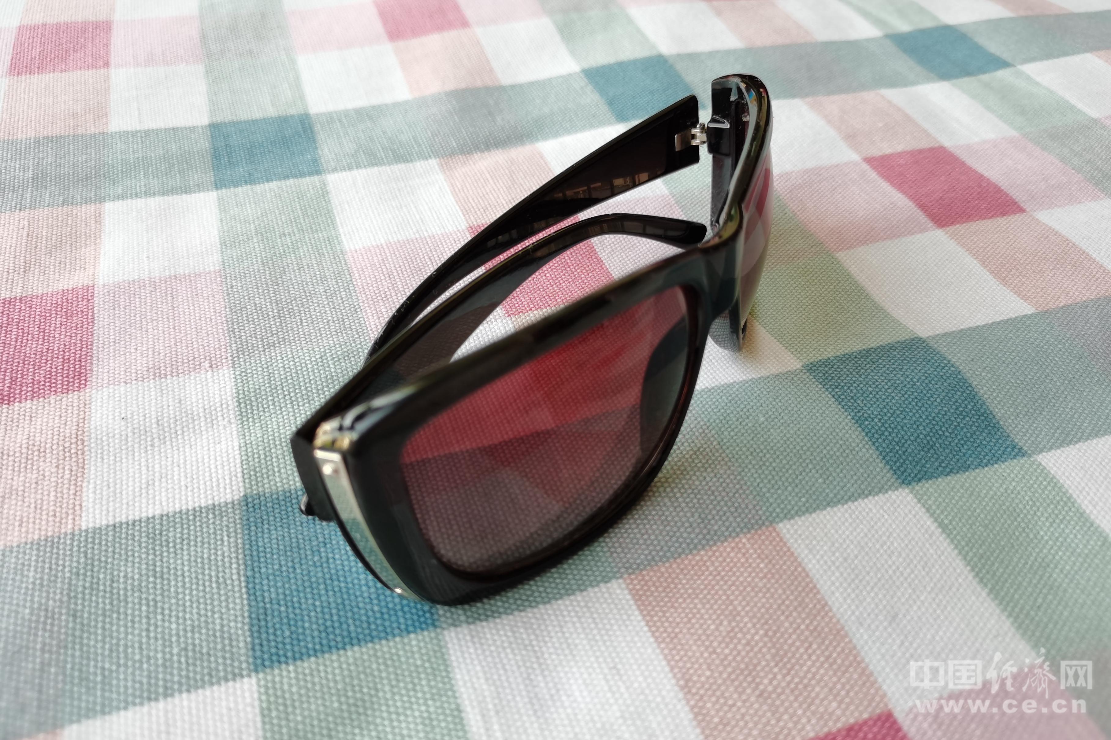 劣质太阳镜易伤眼 儿童选购太阳镜注意5点