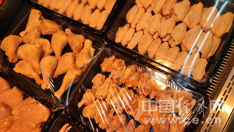 冰冻的鸡肉 应该如何安全解冻呢?